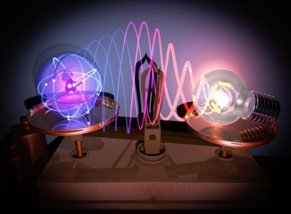 """史上最小放大镜能""""看""""到单原子活动"""