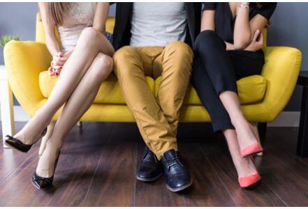 告别花心男 外媒盘点男友不专一的10个表现