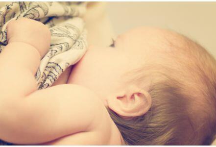 研究称母乳能够防止宝宝肥胖 特别是针对胖妈咪