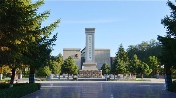 石河子北泉镇之周恩来总理纪念碑