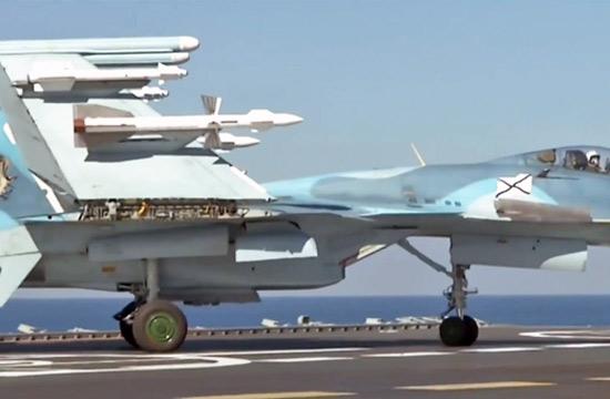 俄军公布航母参与叙作战画面