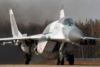 """俄军米格29开挂""""驼背""""上阵"""