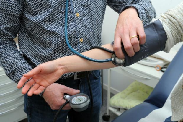 研究:全球高血压患者 40年翻倍至11亿人