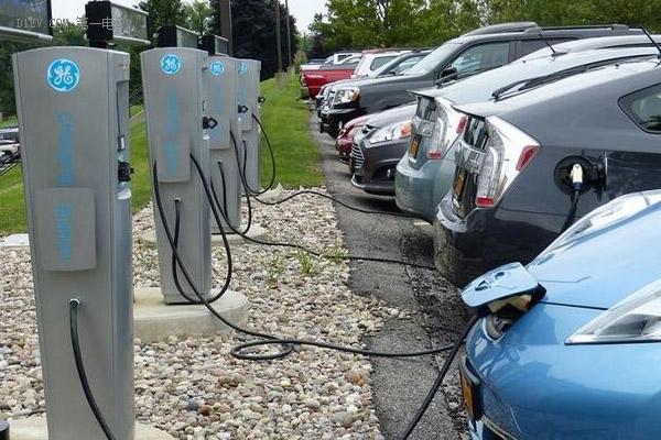 2020年我国充电设施将可满足超500万辆电动汽车