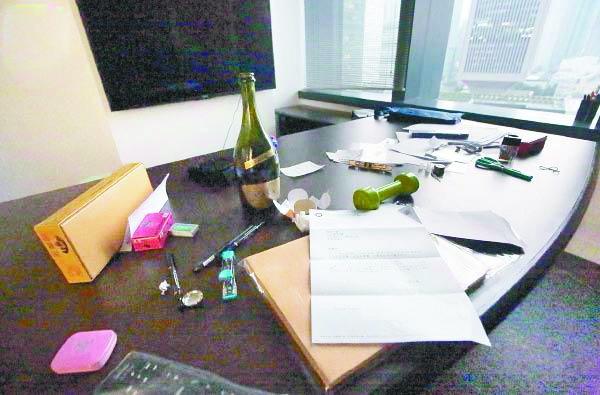 台当局为辱国议员出头遭打脸:勿干预香港事务