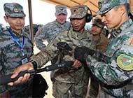 中美两军南部战区举行救援演练