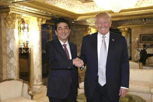 特朗普胜选后首次接见外国领导人 与安倍会晤