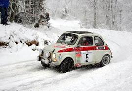 雪天这么开车又快又稳又安全