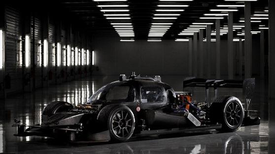 Roborace无人驾驶赛车亮相马拉喀什