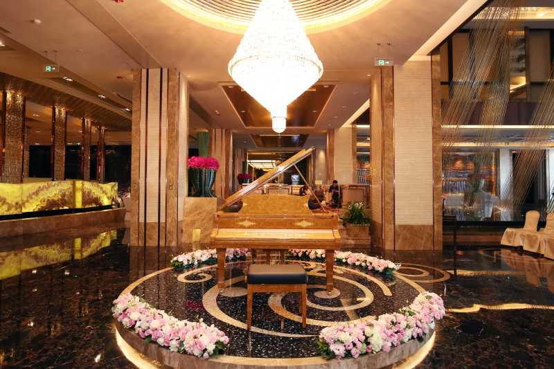 【金榆翡翠之约】施坦威135周年特别珍藏版钢琴落户朝林松源酒店
