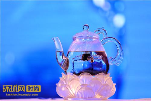 """综艺《挑战不可能》喝""""太空第一杯茶""""或成行业""""拐点"""""""