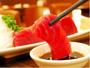 日媒教你吃生鱼片时芥末的正确使用方式
