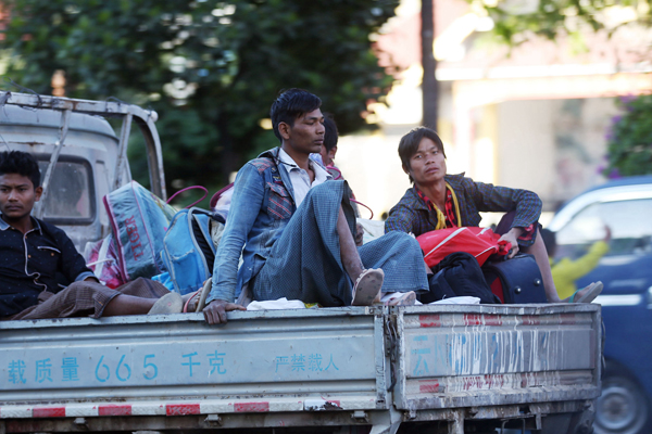 缅北战事重启 中缅边境涌入大批边民