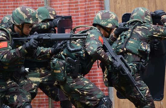 驻港部队首赴马来西亚参与军演