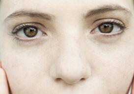 有效消除眼袋的小妙招 防止眼袋产生的常识