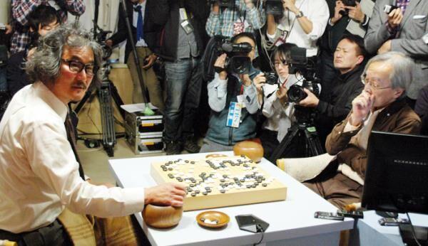 韩棋手对战人工智能 称在机器上感受到了人情味