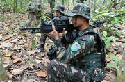 中国特种兵在马来西亚练山地战