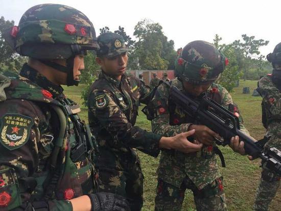 中马军演三大亮点:驻港部队首次出国参加演习