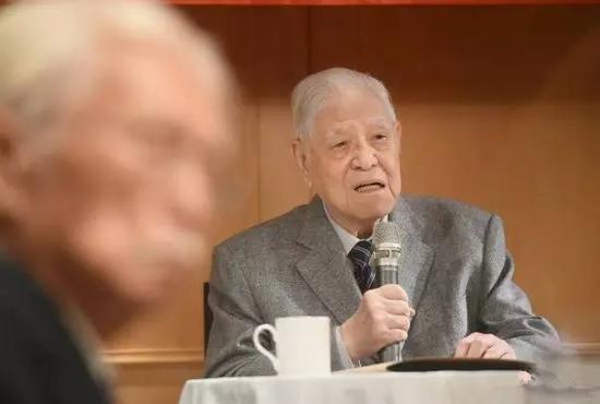 """李登辉喊话蔡英文 妄称台湾""""要走自己的路"""""""