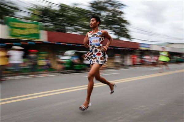 菲律宾高跟鞋赛跑