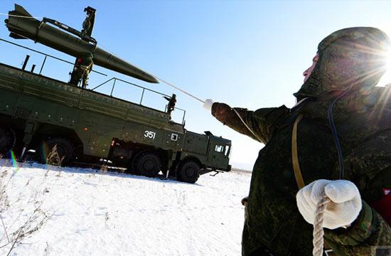 伊斯坎德尔导弹装填全过程曝光