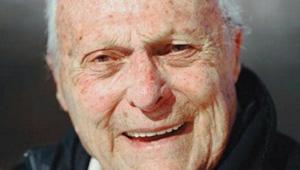 外国90岁老爷爷成励志榜样
