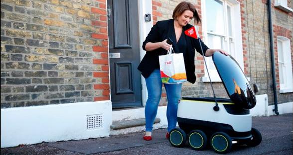 """""""超萌""""送餐员!英国开始用自动驾驶机器人送外卖"""