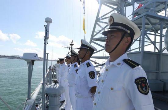 中国海军郑和舰抵达新西兰访问