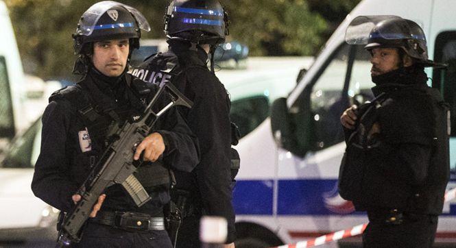 巴黎一华人旅行社遭持枪抢劫 6名人质被救劫犯在逃