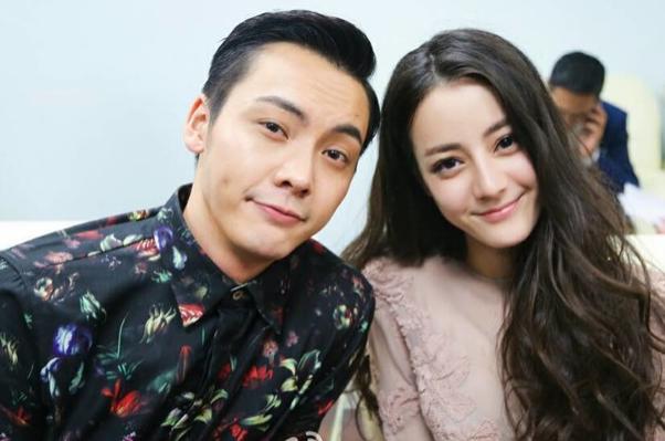 迪丽热巴否认与陈伟霆恋情 称两人只是朋友关系