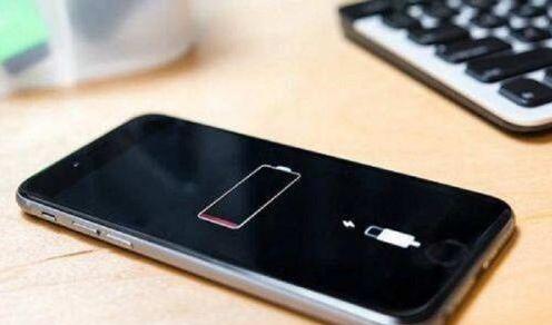 iPhone 6S意外关机苹果致歉 网友表示不买账