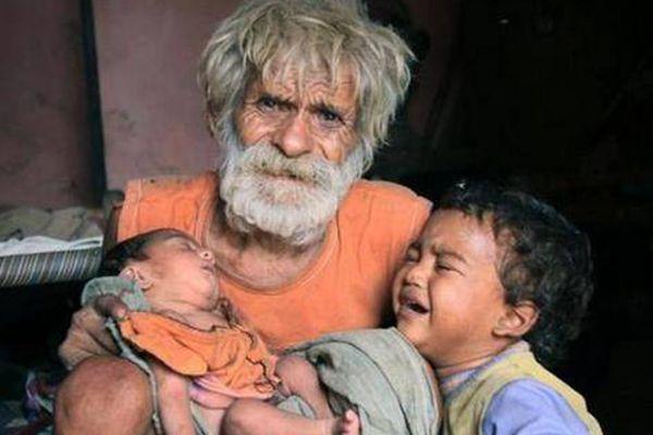 不可思议!印度老汉96岁高龄生了两儿子