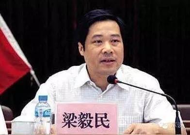 """5城市三任市委书记落马 走出""""接力腐败""""靠什么"""