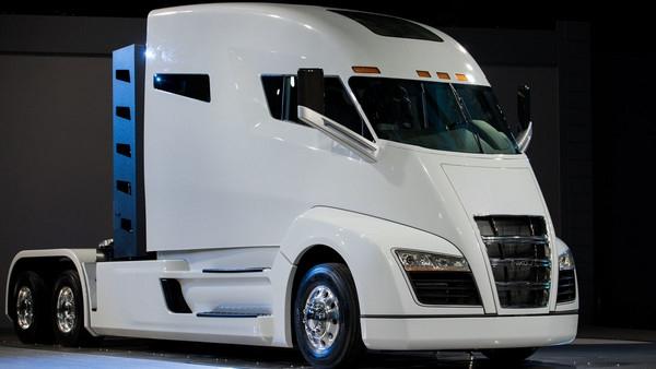 全球首款燃料电池重卡发布:吊打柴油车体无完肤