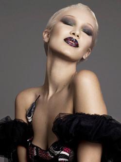 超模贝拉·哈迪德超另类写真