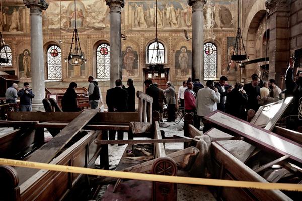 埃及开罗一教堂发生爆炸 已致25人死亡