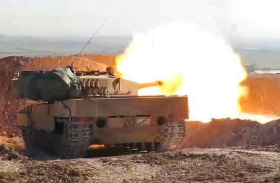 德制豹2A4坦克实战画面曝光