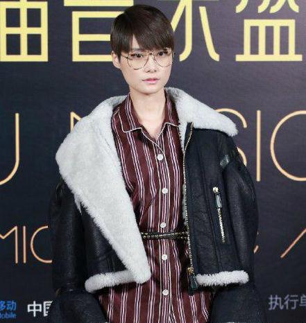 种草芭| 李宇春和周冬雨无谓撞衫,这件夹克我收了!