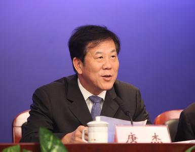 """深圳前副市长唐杰:""""无人机""""为何在深圳爆发?"""