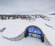 全冰雪打造的Ice Hotel 白雪做瓦以冰为床