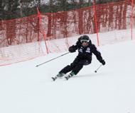 亚布力站接力开赛 大众滑雪技术大奖赛持续升温