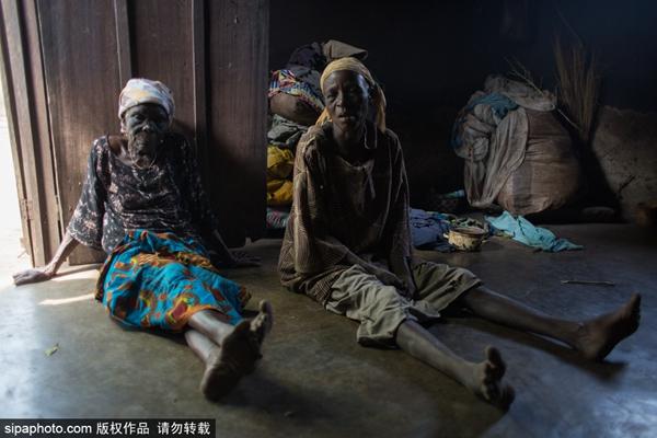 """何处是归途?揭秘加纳与世隔绝的""""女巫集中营"""""""