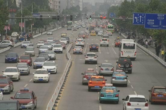 城市超速行车这些按键全失效 危险不可小视