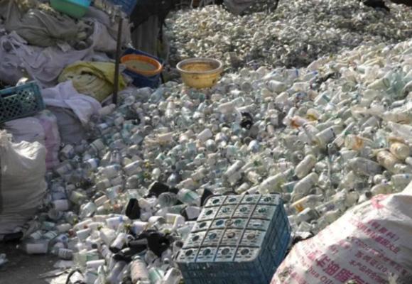南京破获医疗垃圾污染大案 有的被制成餐具玩具