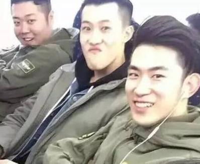 网曝王宝强偶像级鲜肉保镖团 颜值高到可以出道