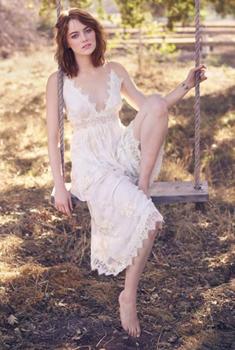 美国女星艾玛·斯通登杂志