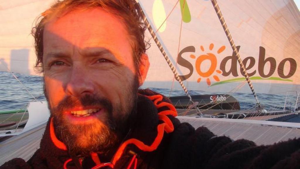 圣诞礼物:法国航海家创单人帆船环球航行最快记录