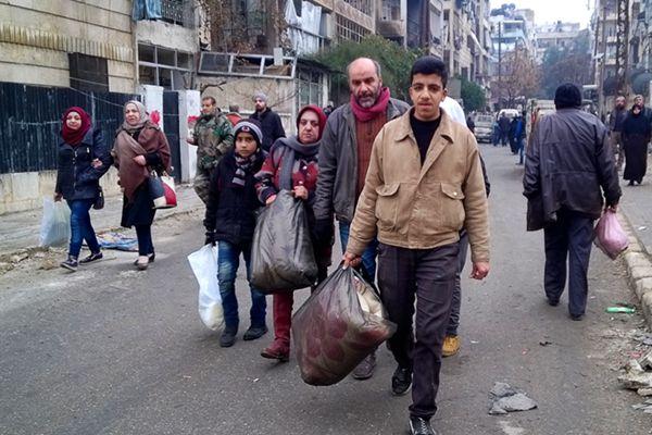 叙利亚政府军收复阿勒颇 平民陆续返回东部家园