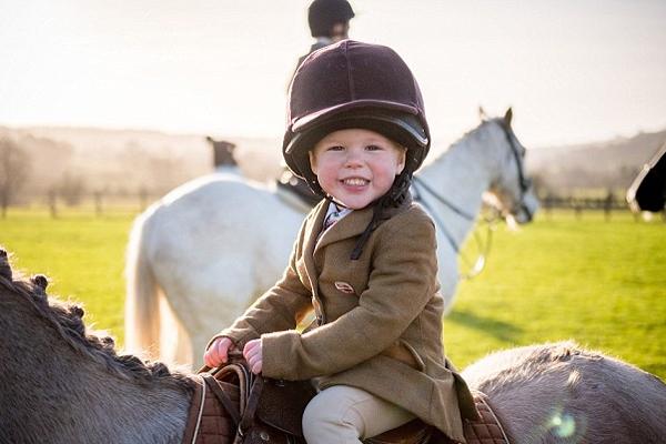 英国节礼日狩猎活动开幕引25万人参与