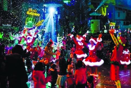 圣诞购物季欧美网商和实体店双赢
